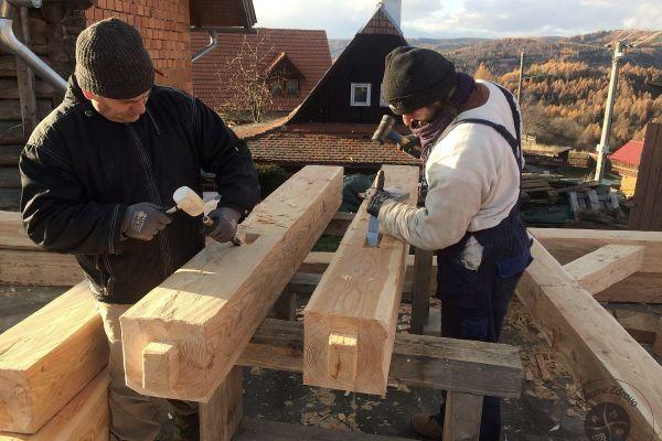 drevena-stodola-tradicnou-tesarskou-technikou-09B825D2C6-B0E4-2C6B-DD04-23100205191D.jpg