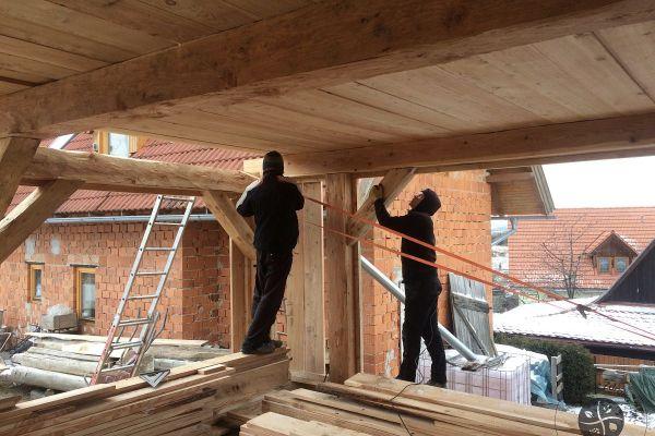 drevena-stodola-tradicnou-tesarskou-technikou-11EC894F26-AA17-EC81-6520-2168A73072A3.jpg