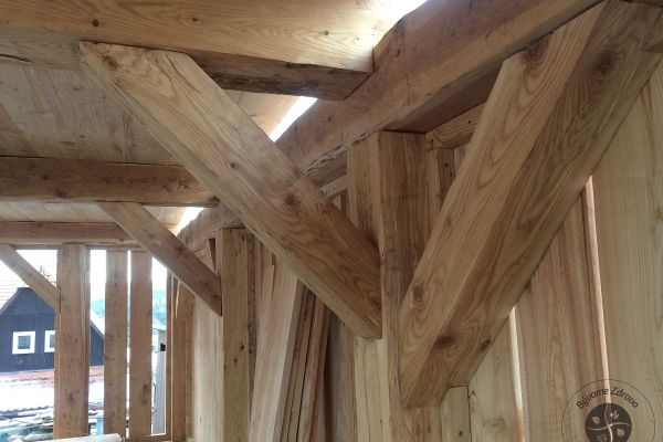 drevena-stodola-tradicnou-tesarskou-technikou-12C0266C95-E686-D15B-C2B7-F617BCDB41E6.jpg