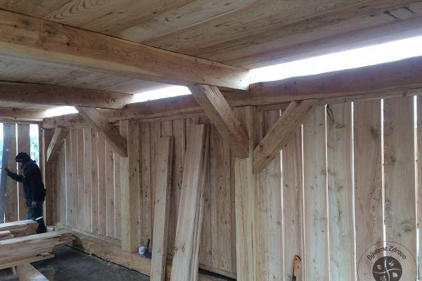 drevena-stodola-tradicnou-tesarskou-technikou-13846208CC-E272-38FF-9488-A4E5D5D3F711.jpg