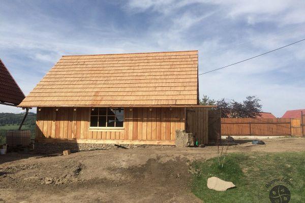 drevena-stodola-tradicnou-tesarskou-technikou-1535D393D6-D0D1-148F-7EB4-F099BF40BC77.jpg