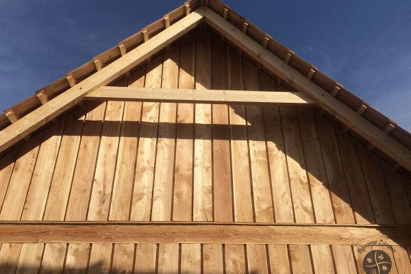 drevena-stodola-tradicnou-tesarskou-technikou-23AFC132CF-6786-B282-EBF0-BFB171559AA0.jpg