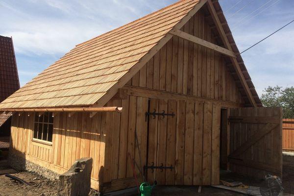 drevena-stodola-tradicnou-tesarskou-technikou-16ABE1BEA1-3525-E803-4574-2A923C8CB7EB.jpg